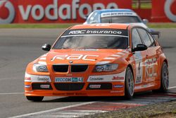 Colin Turkington leads Mat Jackson