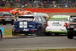 Tom Onslow-Cole passes Harry Vaulkhard