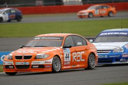 Stephen Jelley leads Jason Plato