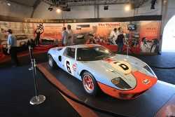 Special presentation: Rolex Moments in Time display, 1969 Ford Gulf GT40