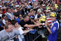 Валентино Росси, Fiat Yamaha Team с фанатами