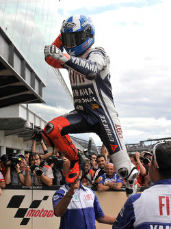 Race winner Jorge Lorenzo, Fiat Yamaha Team, celebrates