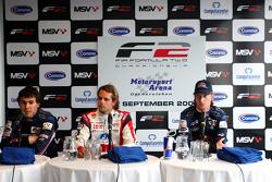 Robert Wickens, Andy Soucek et Mirko Bortolotti en conférence de presse