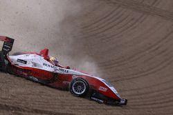 Jules Bianchi, ART Grand Prix Dallara F308 Mercedes choque