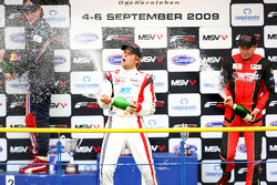 Mirko Bortolotti, Andy Soucek et Kazim Vasiliauskas sur le podium