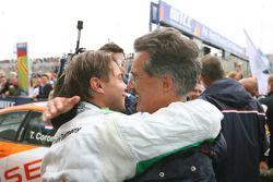 Augusto Farfus, BMW Team Germany, BMW 320si and Dr. Mario Theissen, BMW Sauber F1 Team, BMW Motorspo