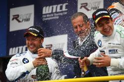 Andy Priaulx, BMW Team UK, BMW 320si and r. Klaus Draeger