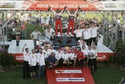 Sébastien Loeb et Daniel Elena avec l'équipe