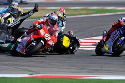 Choque de Colin Edwards, Monster Yamaha Tech 3, Alex De Angelis, San Carlo Honda Gresini, Nicky Hayd