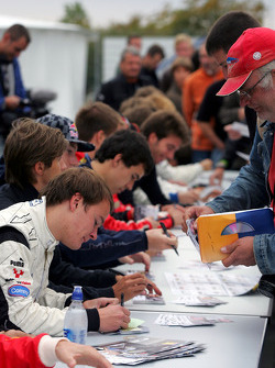 Tobias Hegewald during the F2 driver autograph session