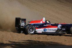 Jules Bianchi, ART Grand Prix, Dallara F308 Mercedes y Tiago Geronimi, Signature, Dallara F308 Volks