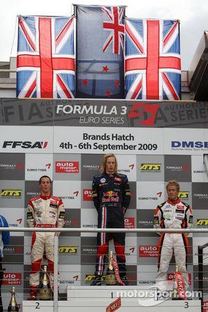 Podium, Alexander Sims, Mücke Motorsport, Dallara F308 Mercedes, Brendon Hartley, Carlin Motorsport, Dallara F308 Volkswagen, Sam Bird, Mücke Motorsport, Dallara F308 Mercedes