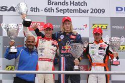 Podium: second place Alexander Sims, Mücke Motorsport, Dallara F308 Mercedes, race winner Brendon Ha