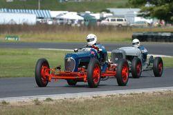 1932 Plymouth Sprinter- George Holman et Ben Bragg- 1934 Reuter V8 Special