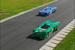 1970 Chevron B19 de Robert Paltrow et la Chevron B23 de Nick Incantalupo