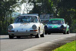 Donnie Randell et Roger Johnson dans une Porsche 911
