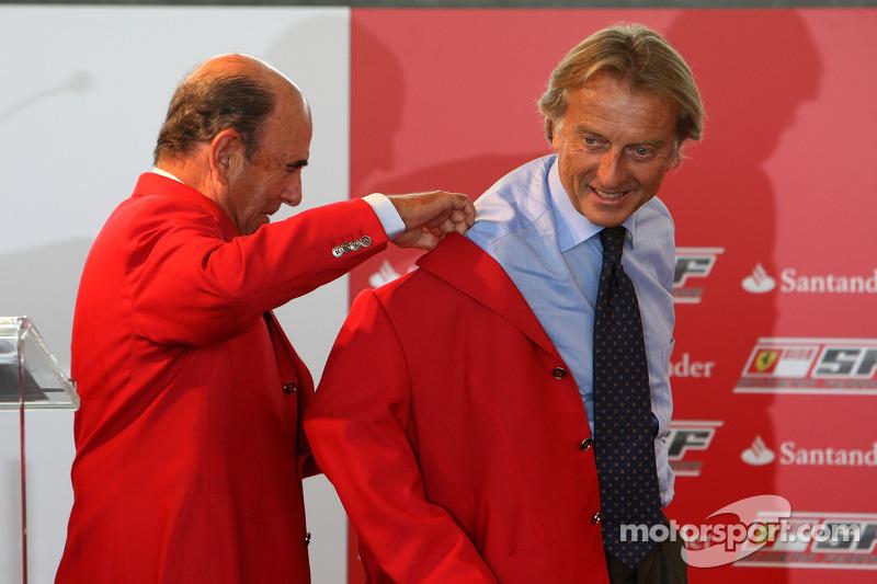 Luca di Montezemolo Ferrari Başkanı ve Don Alfredo Saenz CEO Grupo Santander announce a five year pa