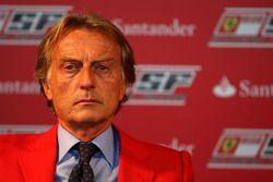 Luca di Montezemolo Ferrari President announces a five year partnership for Santander with the Ferra