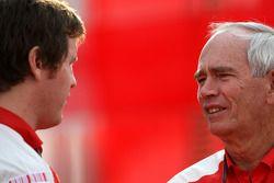 Rob Smedly, Scuderia Ferrari, Track Engineer of Felipe Massa, Rory Byrne, Scuderia Ferrari, Design a