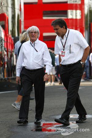 Bernie Ecclestone, Pasquale Lattuneddu, FOM, Formula One Management
