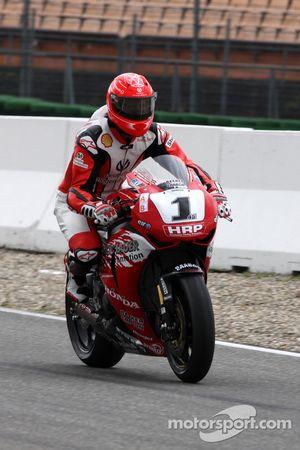 Michael Schumacher piloto de pruebas, Scuderia Ferrari, prueba una superbike