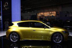Lexus LF Ch