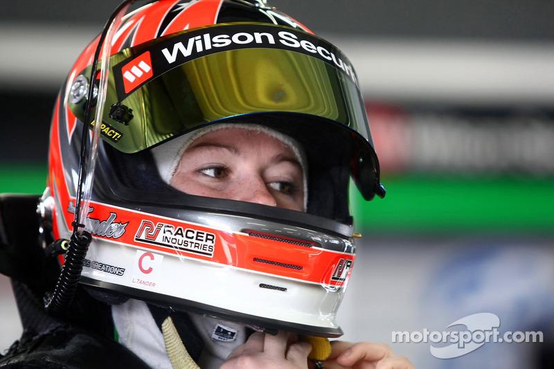 #333 Wilson Security Racing: Линни Тандер