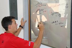 Graham Rahal, Newman/Haas/Lanigan Racing inscrit son nom