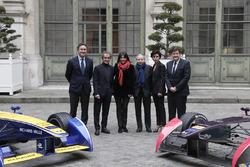 Alejandro Agag, Formula E CEO; Alain Prost, Renault e.Dams, Anne Hidalgo; Bürgermeisterin Paris; Jean Todt, FIA Präsident, Rachida Dati, 7th District Bürgermeister Paris;, Patrick Kanner, French Sportminister
