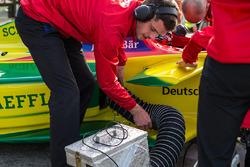 ABT Schaeffler Audi Sport crew bevestigt koeling