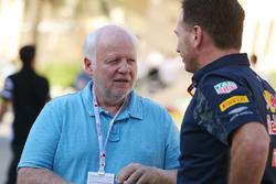 Norbert Vettel, vader van Sebastian Vettel, Ferrari met Christian Horner, Red Bull Racing teambaas