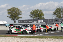 Rob Huff, Honda Racing Team JAS, Honda Civic WTCC; Norbert Michelisz, Honda Racing Team JAS, Honda Civic WTCC; Tiago Monteiro, Honda Racing Team JAS, Honda Civic WTCC