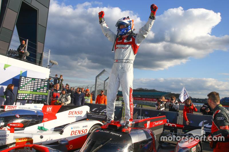 #7 Audi Sport Team Joest Audi R18: Marcel Fässler, Andre Lotterer, Benoit Tréluyer, ganadores