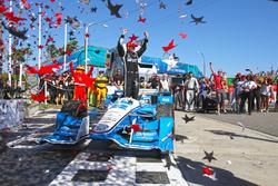 Sieger Simon Pagenaud, Team Penske Chevrolet
