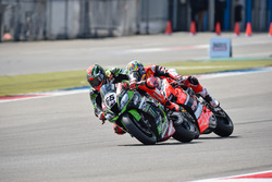 Tom Sykes, Kawasaki Racing Team et Chaz Davies, Aruba.it Racing - Ducati Team