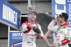 Josテゥ Marテ Lテウpez, Citroテォn World Touring Car Team, Citroテォn C-Elysテゥe WTCC