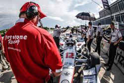 Techniker von am Auto von Will Power, Team Penske Chevrolet