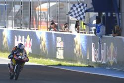 Winner Brad Binder, Red Bull KTM Ajo