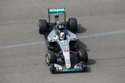 Lewis Hamilton, Mercedes AMG F1 Team W07 recovers from a spin