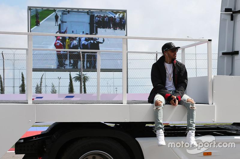 Lewis Hamilton, Mercedes AMG F1 Team durante el desfile de pilotos