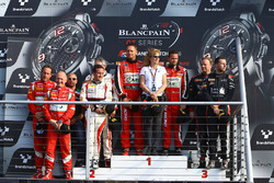 Pro-Am-Podium: Sieger Michel Broniszewski, Giacomo Piccini, 2. Jean-Luc Beaubelique, Morgan Moulin Traffort, 3. Steve Parrow, Christian Hook