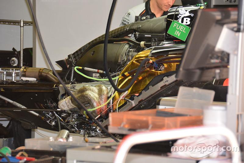 Sahara Force India F1 VJM09 achterkant detail