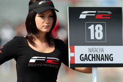 Grid girl for Natacha Gachnang