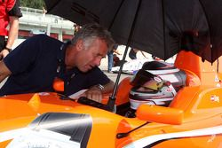 Philipp Eng talks with Christian Danneron the grid
