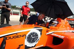 Philipp Eng talks with Christian Danner on the grid