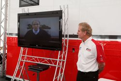 Jonathan Palmer Motorsport Vision Chief Executive talks to guests in Hospitality as Frank Williams W