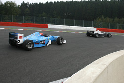 #23 Carlos Antunes Tavares Dallara Nissan; #2 Marijn Van Kalmthout F1 Benetton B197