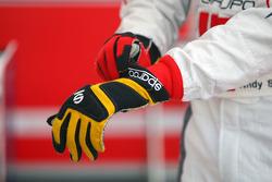 Les gants d'Andy Soucek