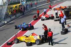 German Sanchez in pit lane