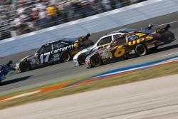 Matt Kenseth, Roush Fenway Racing Ford, Scott Speed, Red Bull Racing Team Toyota, David Ragan, Roush Fenway Racing Ford